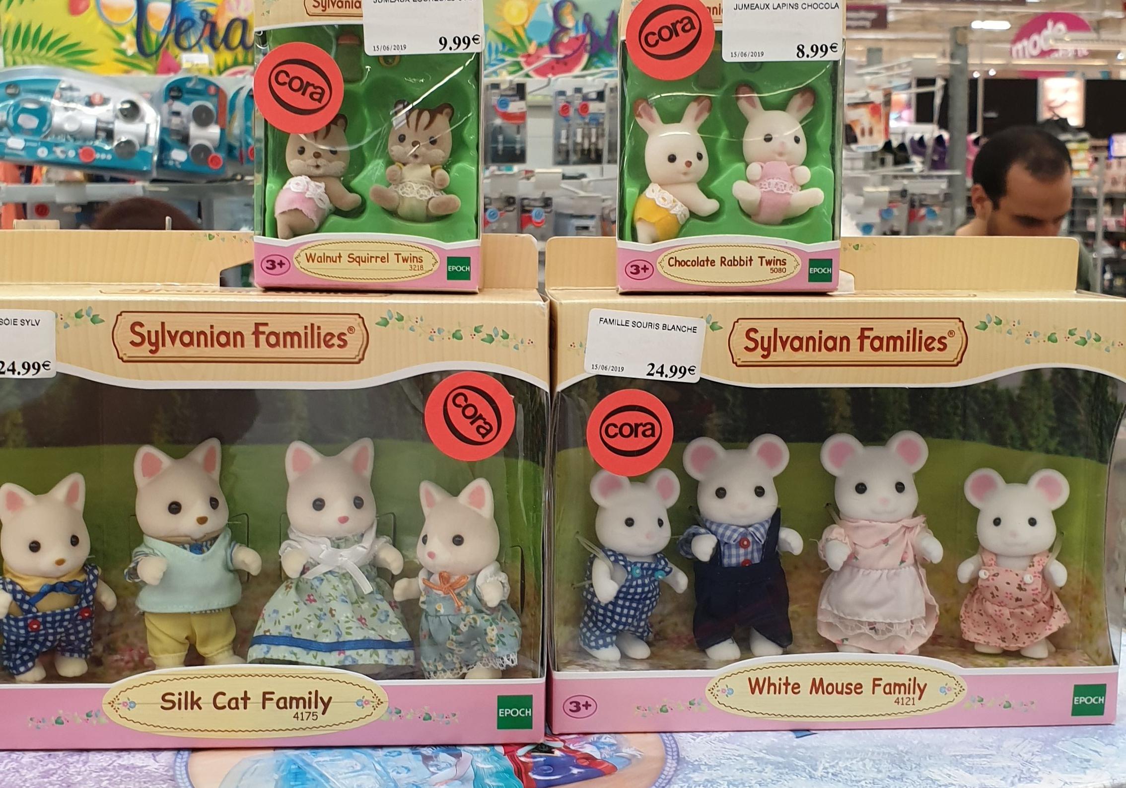 Sélection de jouets Sylvanian families en soldes - Ex : Silk cat Family, Cora bethoncourt (25)