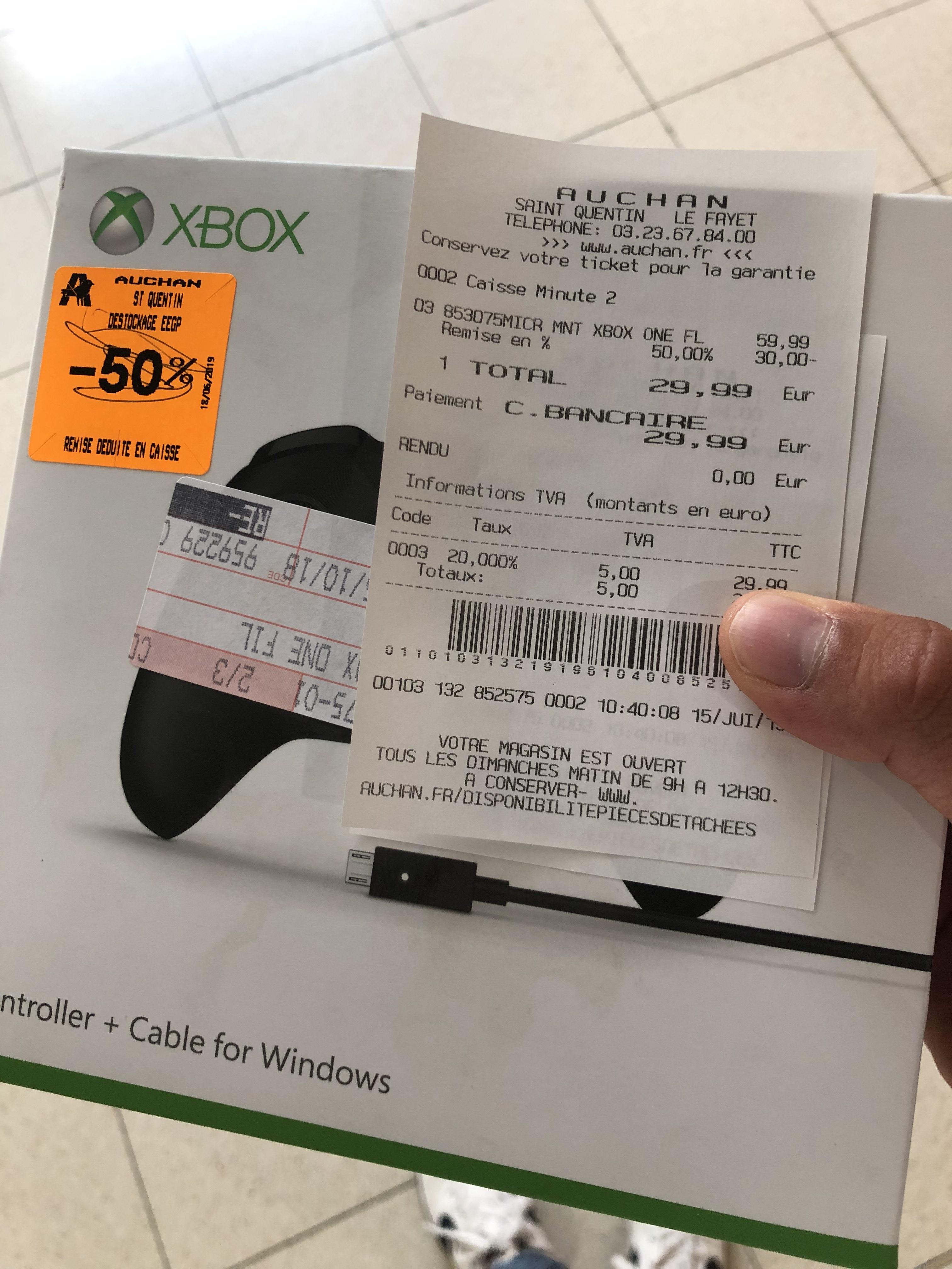 Manette Xbox One sans fil - Noir - Fayet (02)