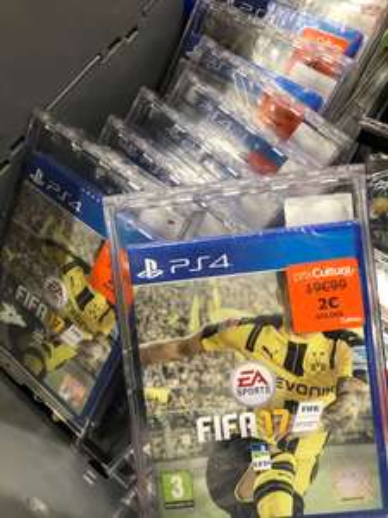 Jeu Fifa 17 sur PS4 - Cultura Vill'Up Paris (75)