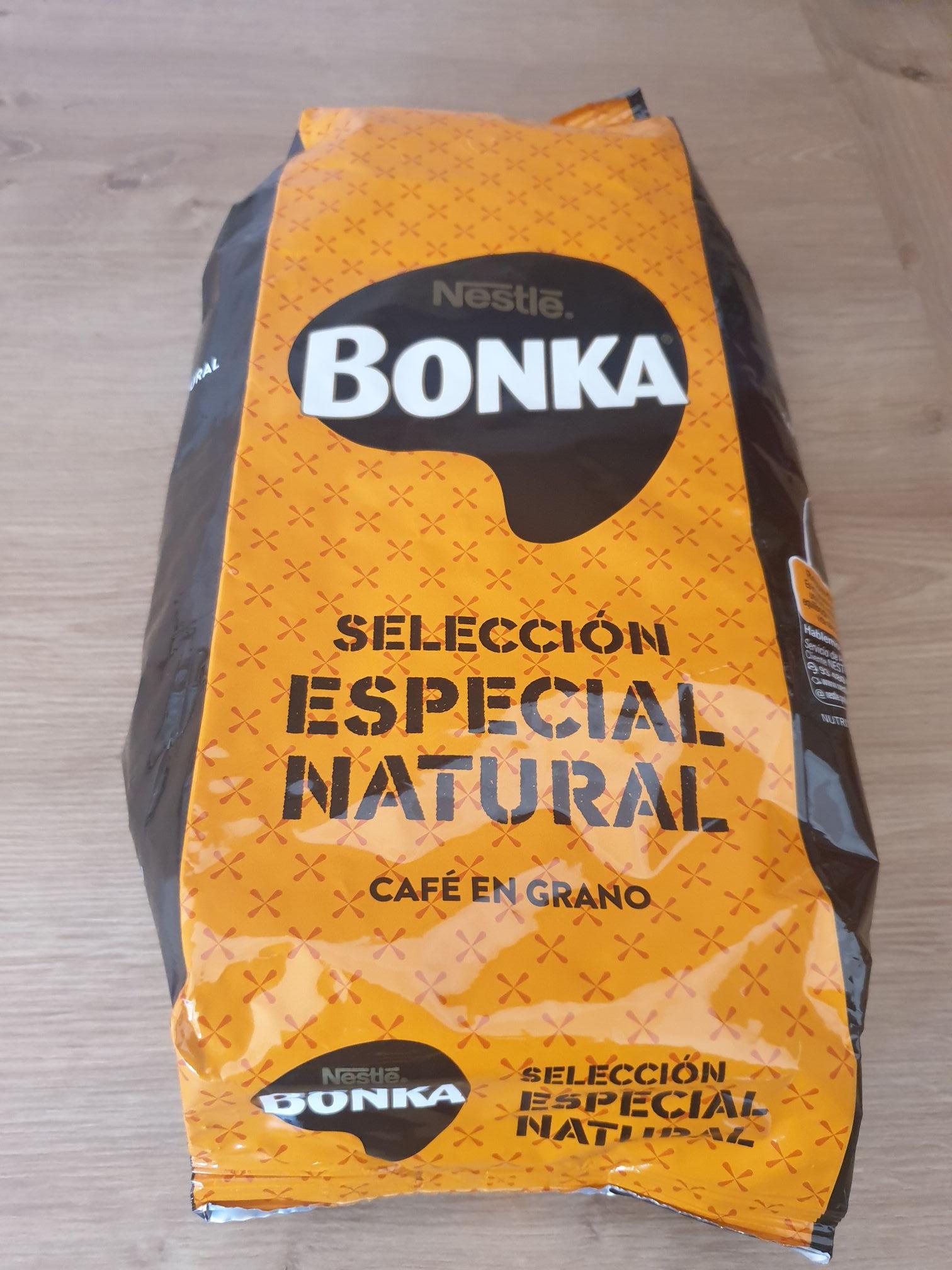 Paquet de café en grains Nestlé Bonka (1kg) - Marché Marguerite Savigny Le Temple (77)