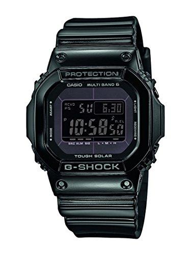Montre digital à quartz Casio G-Shock GW-M5610BB-1ER - 43mm, radio-piloté, rechargement solaire