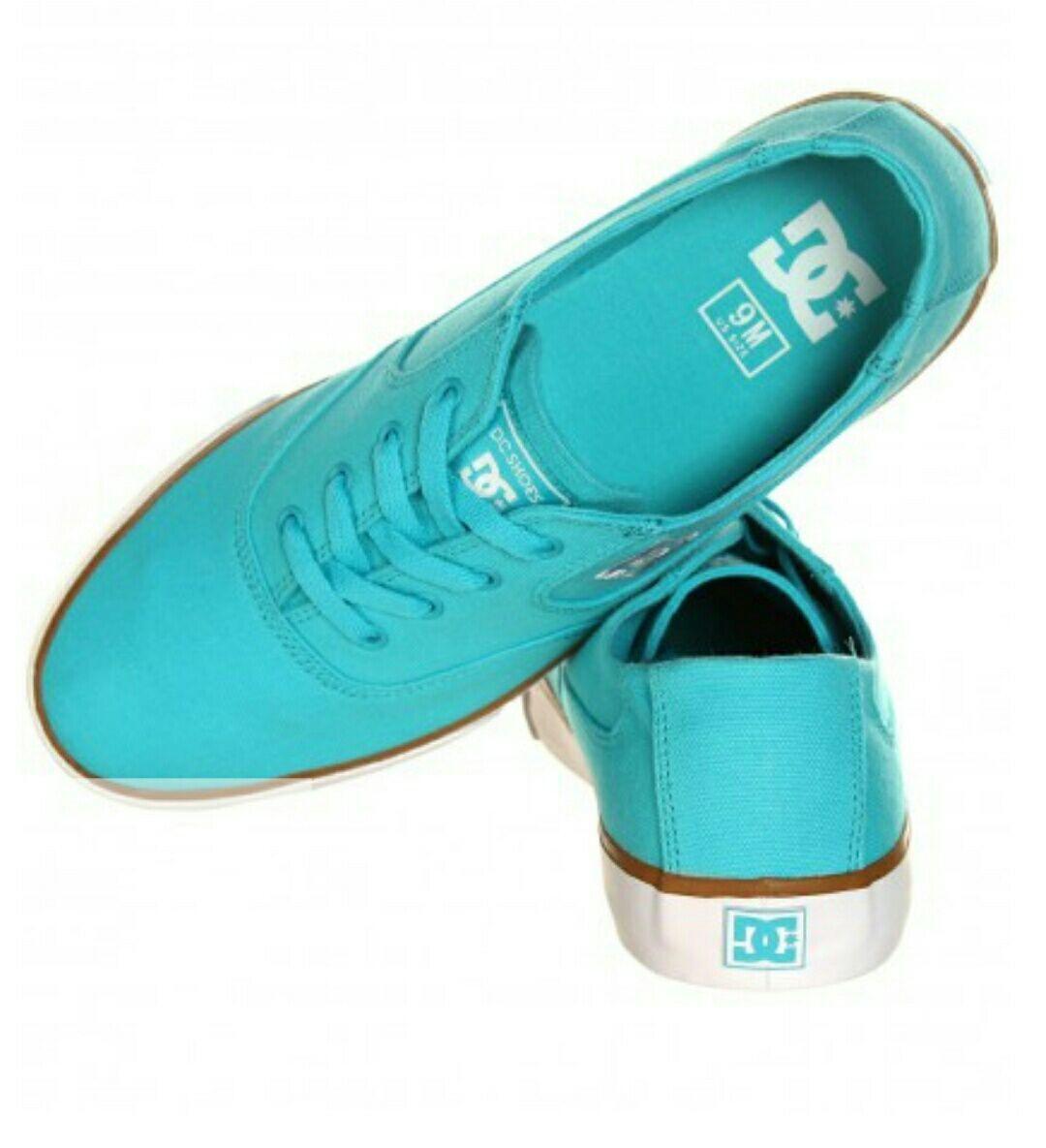 Jusqu'à 70% de réduction sur une sélection d'articles - Ex : Chaussures DC Shoes Flash TX (Coloris au choix)