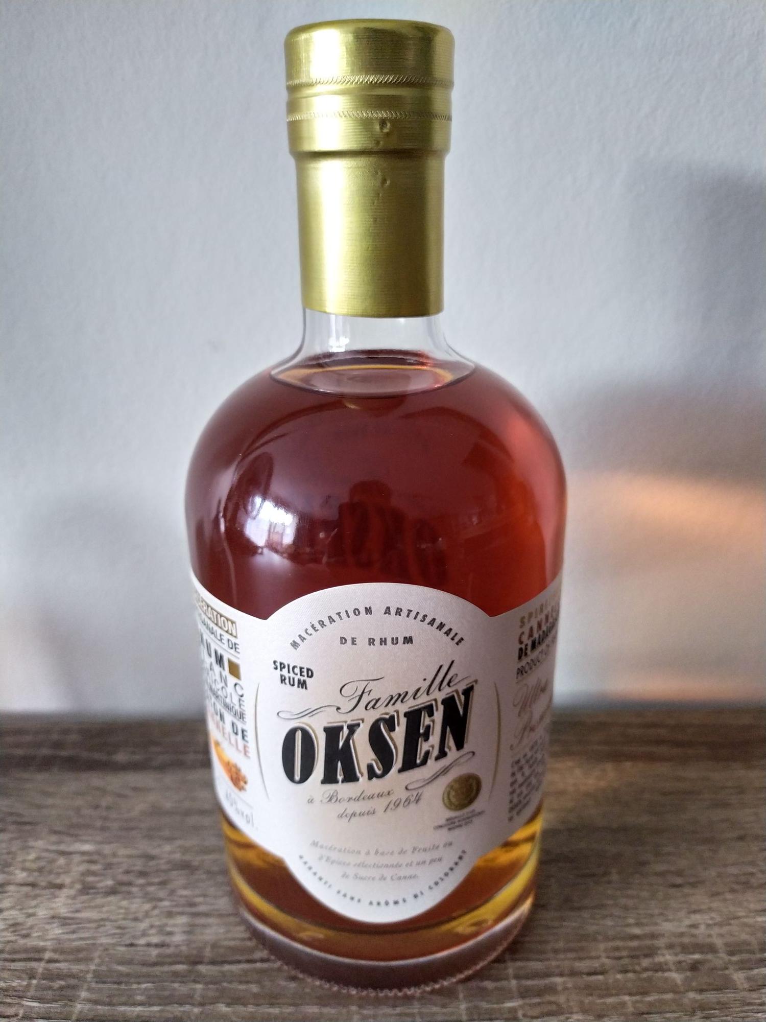 Bouteille de Rhum Oksen Spiced rum - 70cl, Canelle, ID Stock englos (59)