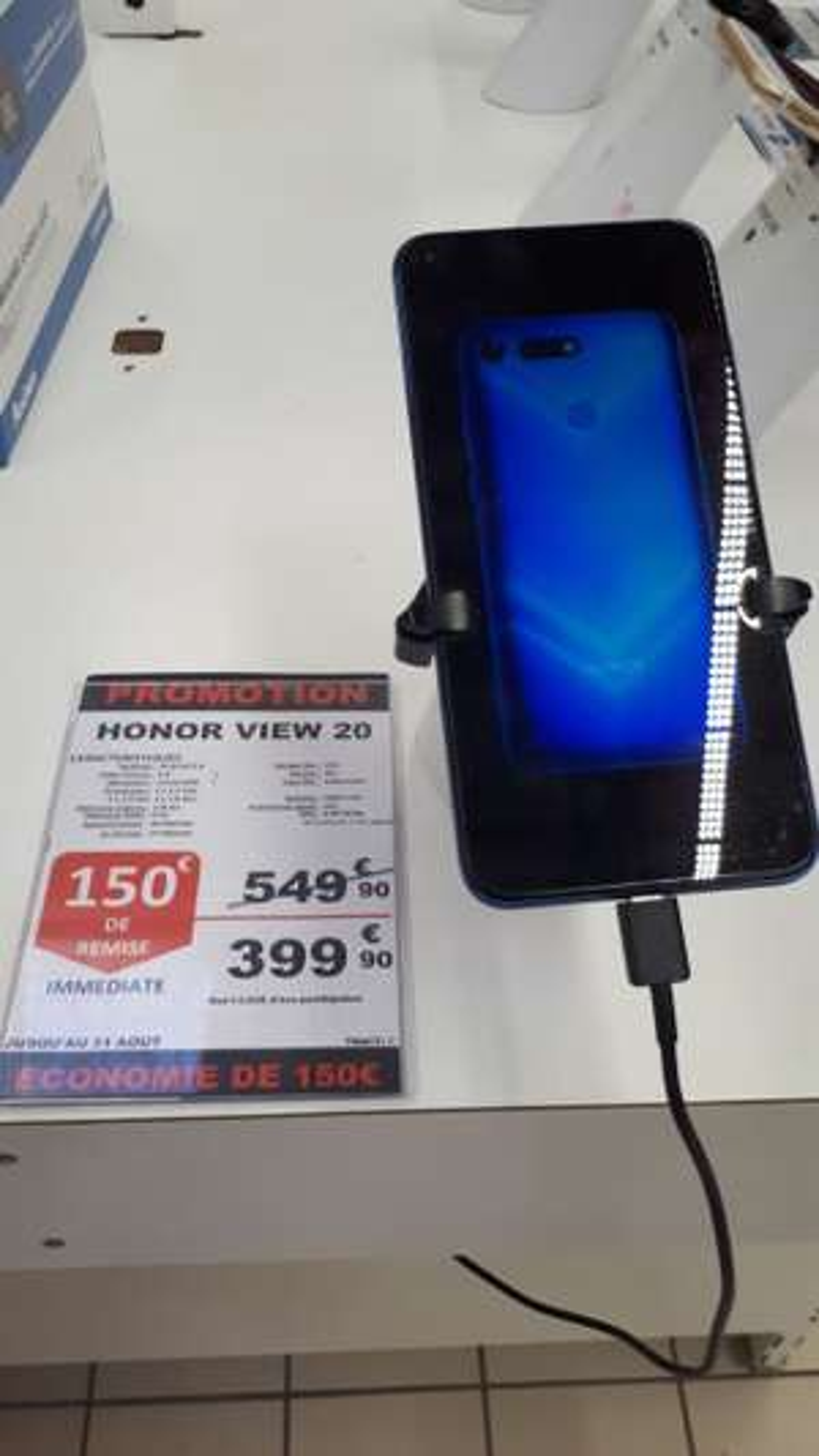 "Smartphone 6.4"" Honor View 20 - full HD+, Kirin 980, 6 Go  RAM, 128 Go (Auchan Caluire - 69)"