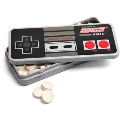 Sélection de boîte de bonbons inspirées de jeux vidéo - Ex : Nintendo NES Power Mints