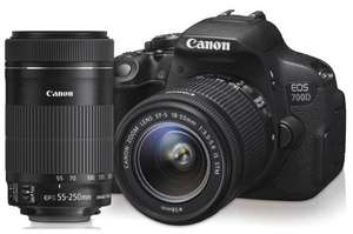 Appareil photo numérique Canon EOS 700D + Objectifs 18-55MM IS STM et 55-250MM IS STM