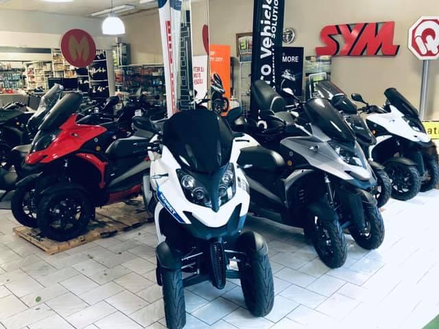 Scooter 3 Roues Quadro QV3 - Moncet Béziers Motocycles (34)