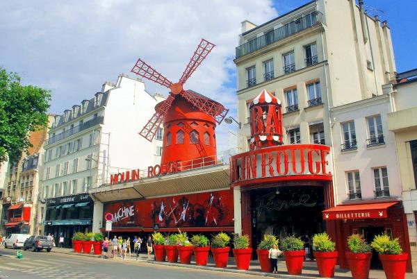 [Fête des Vendanges de Montmartre] Visite gratuite du Moulin Rouge & des vignes de Montmartre - Paris 18ème (75)