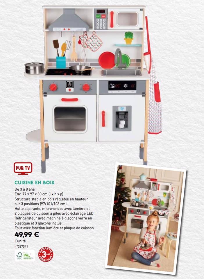 Sélection de jouets - Ex : Cuisine en bois