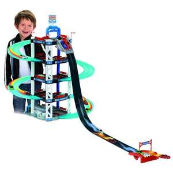 Garage Bosch services Klein à 5 niveaux avec rampe