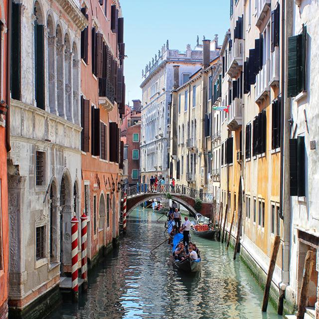 Vol aller simple Lyon (LYS) <=> Venise (VCE) en Italie - le 03 novembre