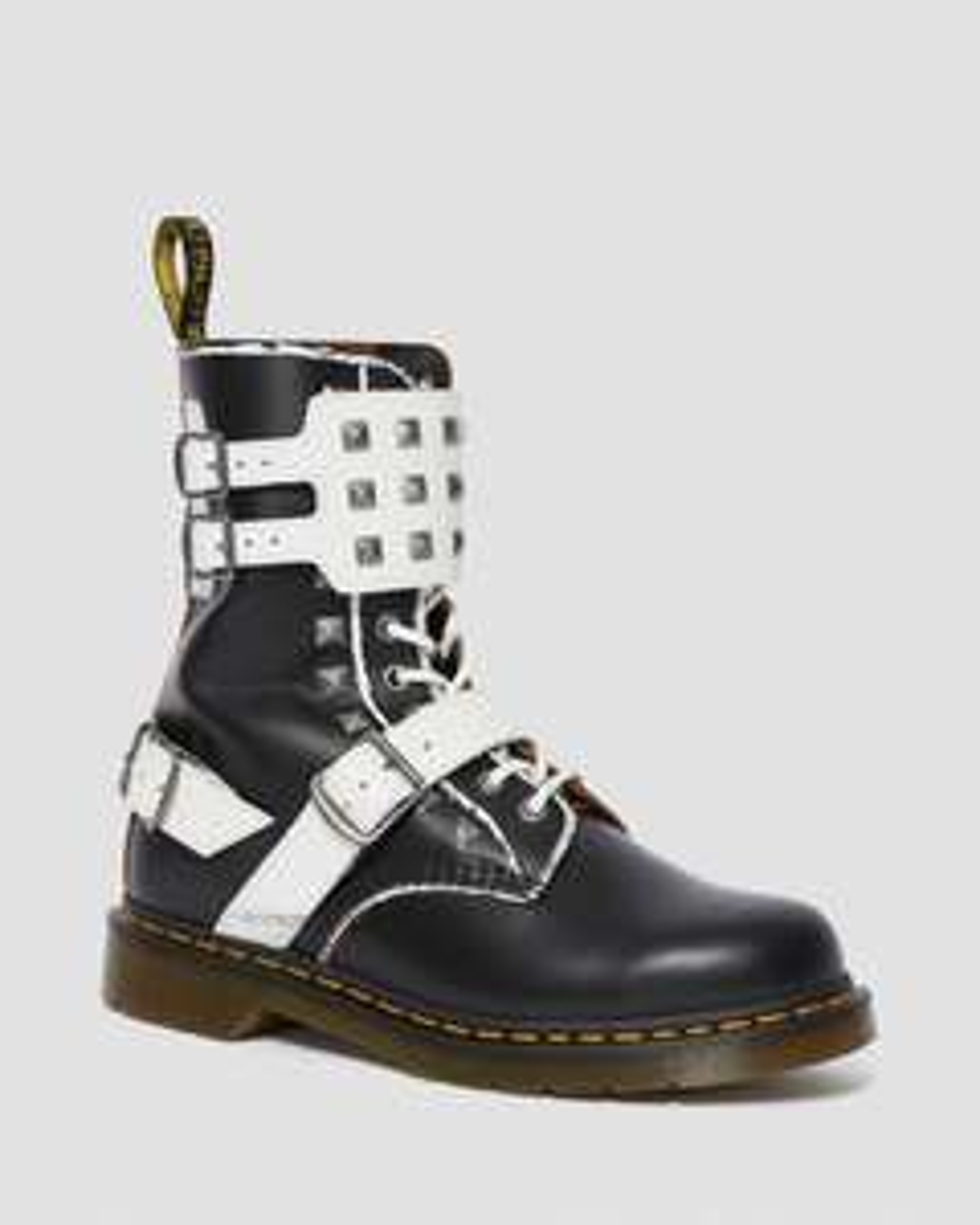 Jusqu'à 30% de réduction sur une sélection d'articles - Ex : Chaussures Dr Matens 1490 Joska Stud