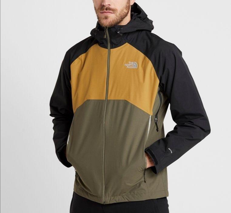 Sélection d'articles en promotion -  Ex : Veste hardhsell The North Face Stratos Jacket - Différentes tailles