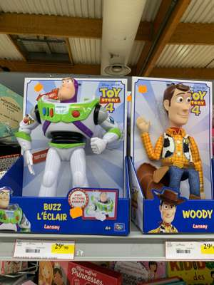 Jouet Buzz l'Eclair ou Woody Toy Story 4 - Intermarché Nimes Castanet (30)