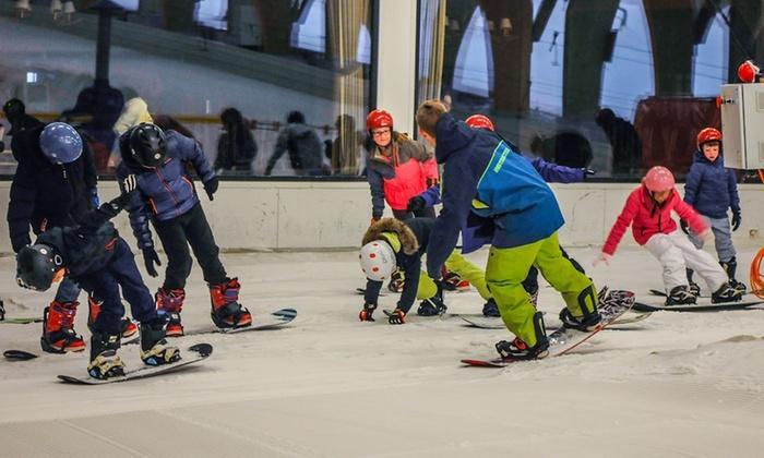 Ski ou snowboard avec prêt de matériel pour 1 à 6 personnes (option tartiflettes) au Ice Mountain Park