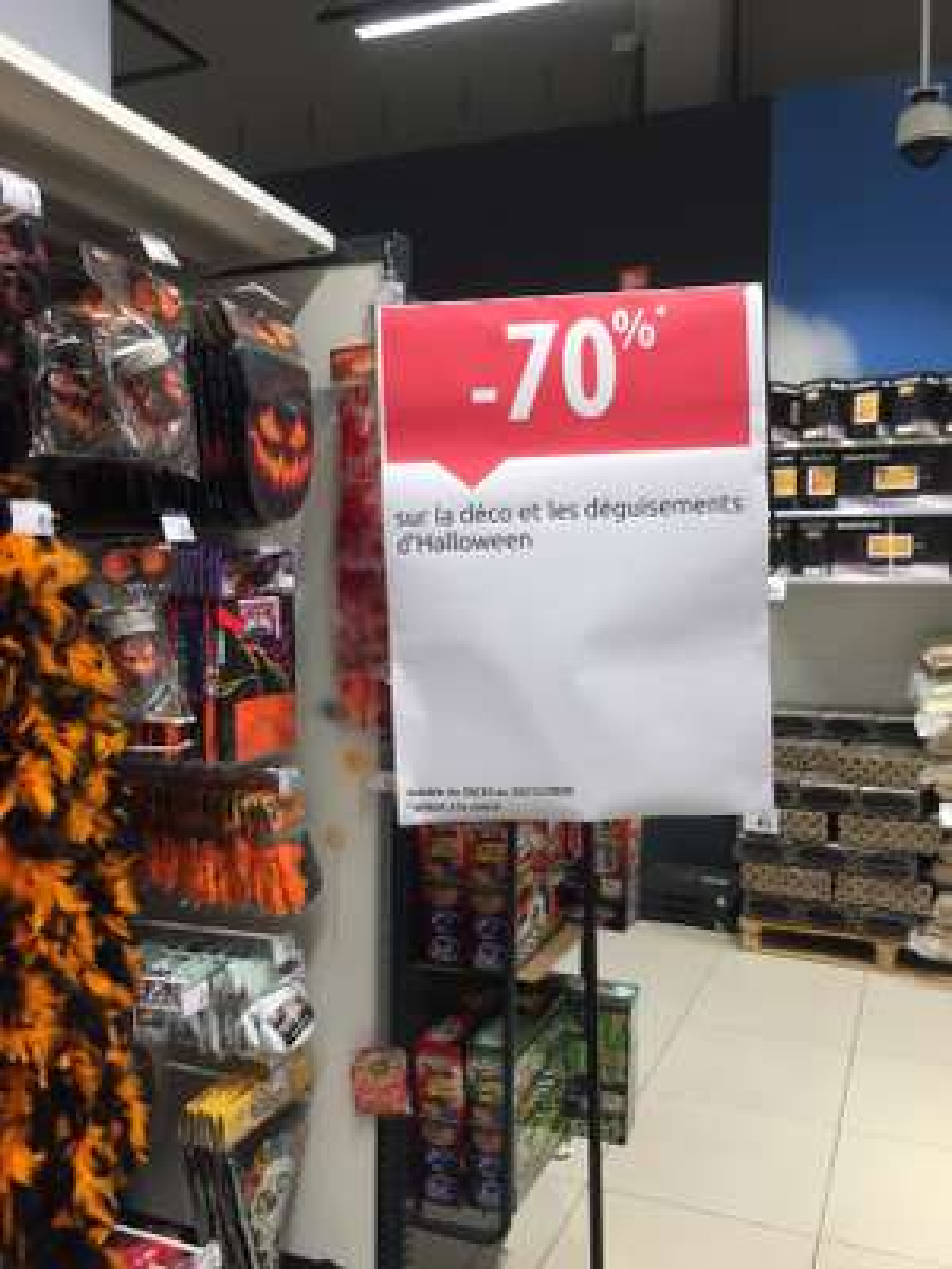 70% de réduction sur les décorations et déguisements d'Halloween - Mons (frontaliers Belgique)