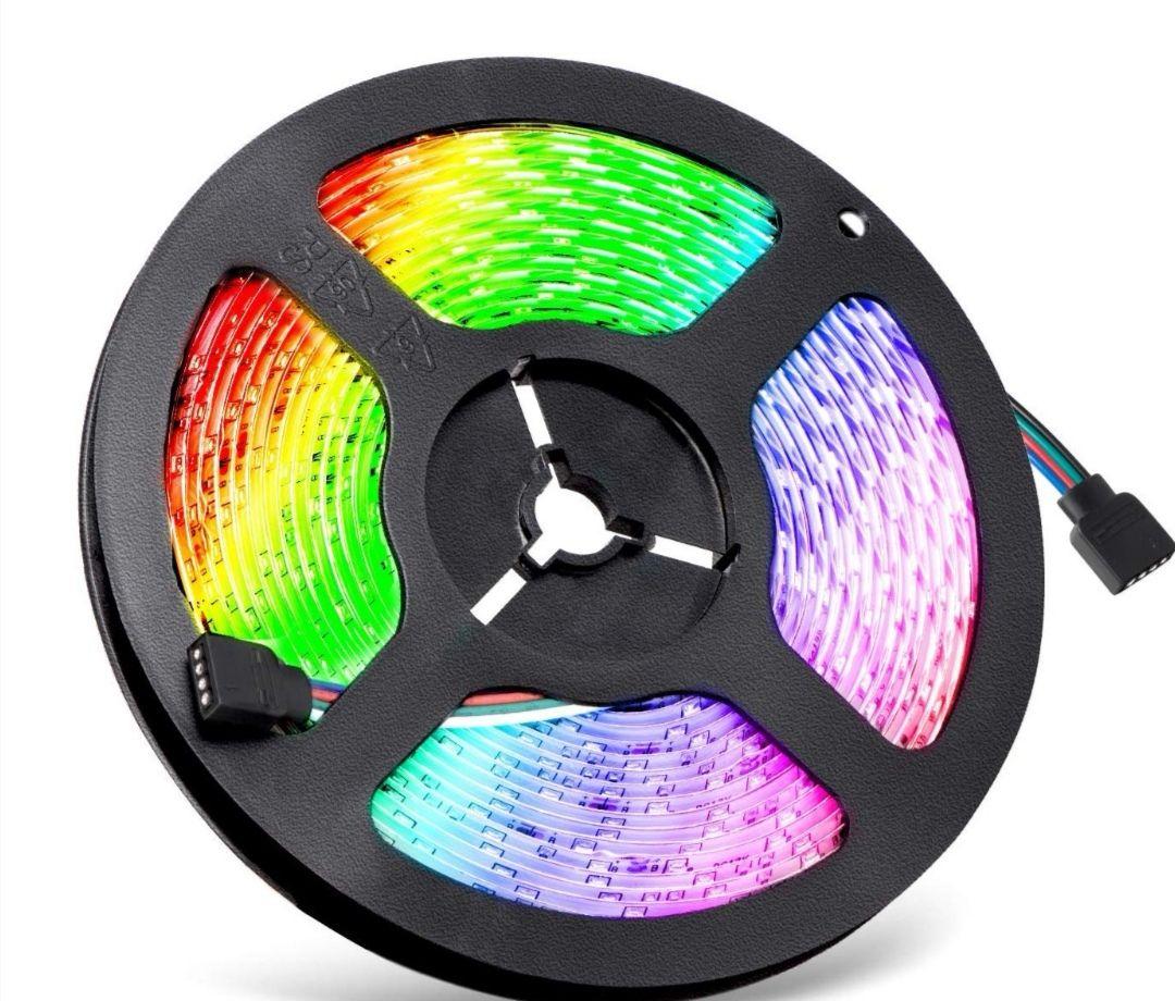 Ruban LED RGB 5m - Étanche, Avec télécommande (Vendeur Tiers)