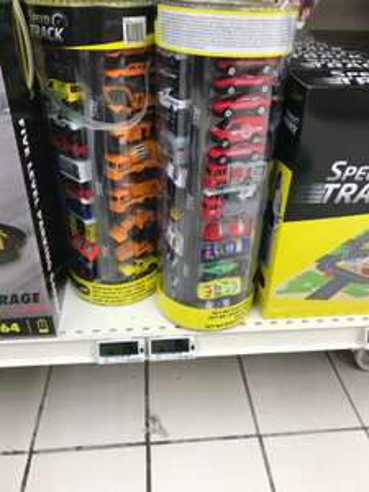 Pack de 50 mini-voitures - Flins (78)