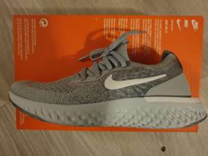 Paire de chaussures Nike epic react flyknit - Augny (57)