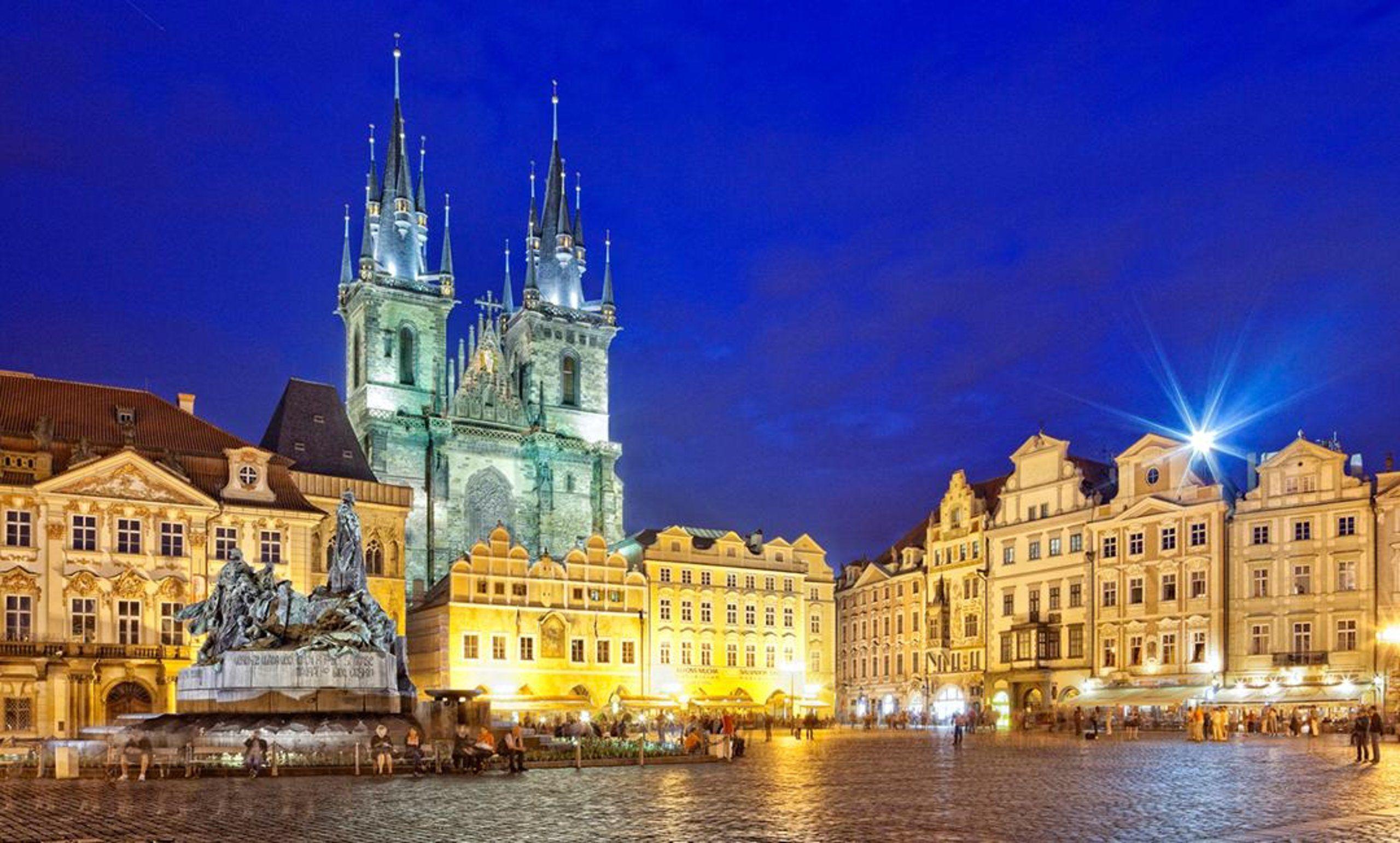 Vols A/R Bruxelles Charleroi <-> Prague du 3 au 11 Janvier 2020 (Frontaliers Belgique)