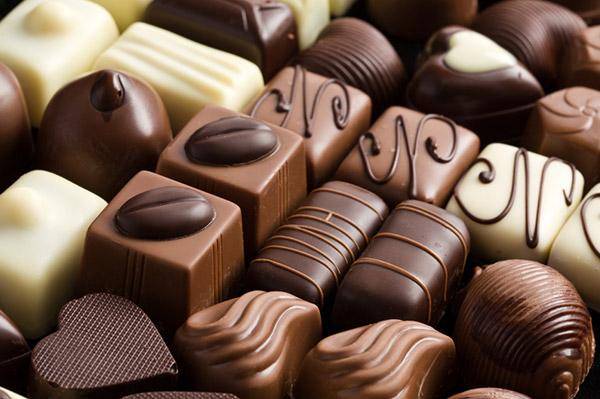 Distribution Gratuite de Chocolat, Barbes à Papa & Chocolat/Vin Chaud - Vernon (27)