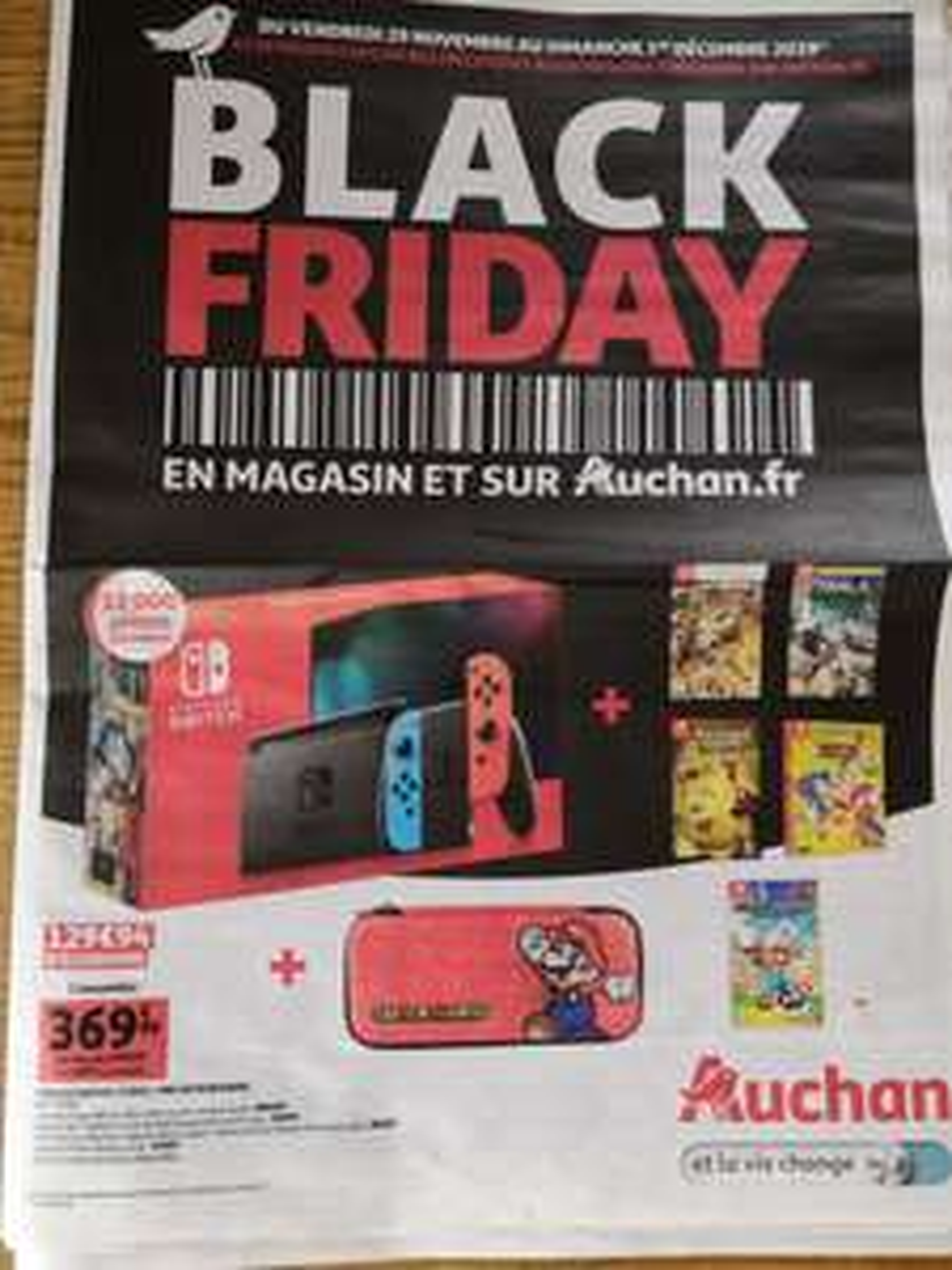 Console Nintendo switch + 5 jeux + sacoche