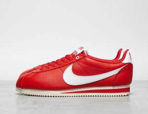 Baskets Nike x Stranger Things Cortez QS -Tailles : 42.5/45/49.5 (footpatrol.fr)