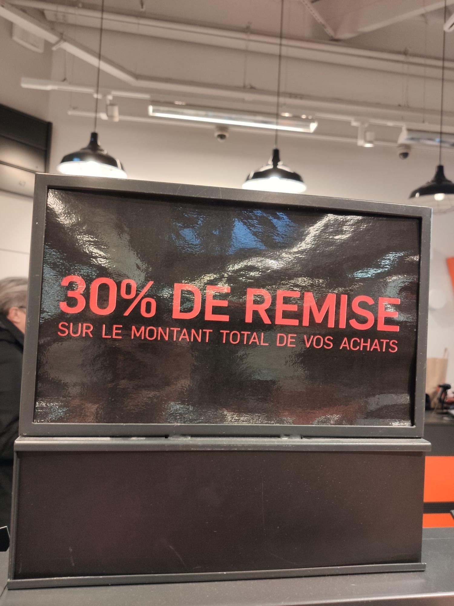 30% de réduction sur l'ensemble de vos achats - Nike Factory Plaisir (78)