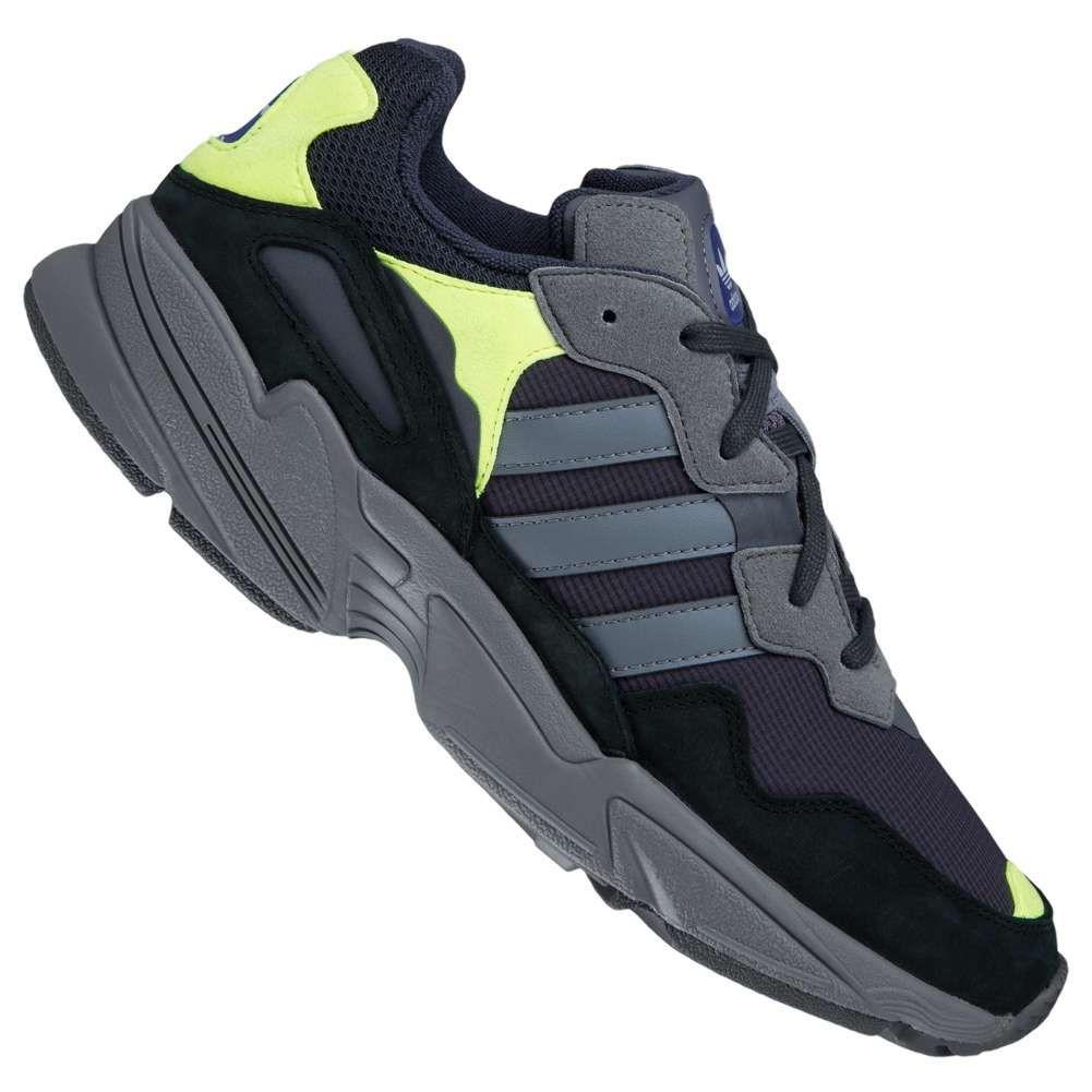 Baskets Adidas Originals Yung-96 - Taille 41 1/3 en noir et Diverses tailles en gris