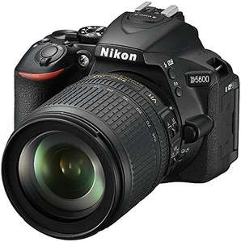 Appareil Photo Reflex Nikon D5600 + Objectif 18-105 VR