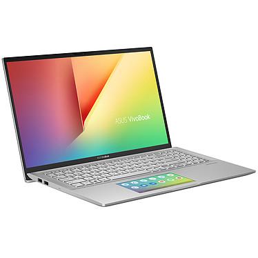 """PC Portable 15,6"""" ASUS Vivobook S15 - i5-8265U, 8 Go RAM, SSD 256 Go (via ODR de 100€- 550,95€ avec le code BLACK)"""