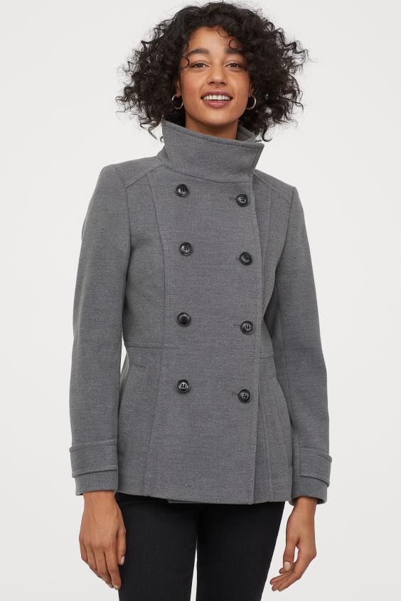 Jusqu'à 60% de réduction sur une sélection d'articles - Ex : Veste à double boutonnage gris pour femmes
