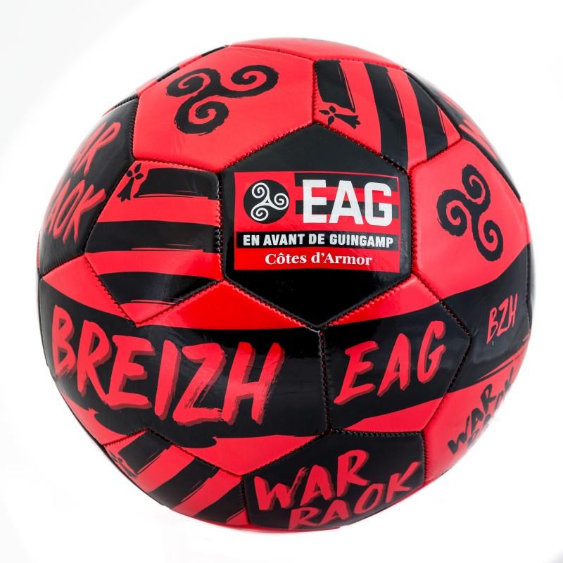 Sélection d'article en promotion sur la boutique de l'En Avant Guingamp - Ex : ballon War Raok