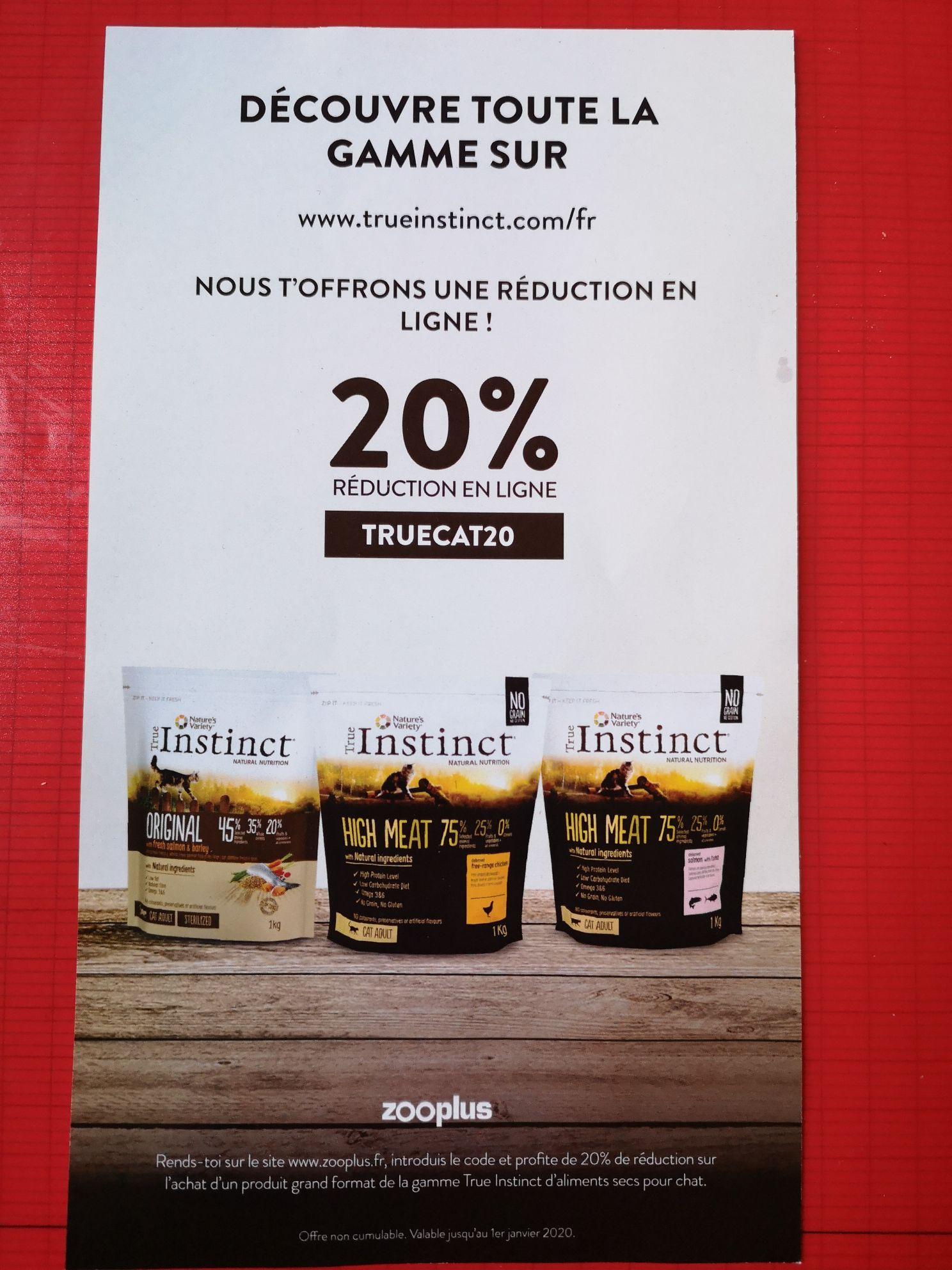 20% de réduction sur l'achat d'un sac de croquettes pour chat True Instinct grand-format