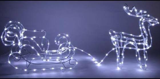 Silhouette lumineuse Renne avec traineau 72 LED (37.90€ avec le code FETES2019 pour les nouveaux clients)