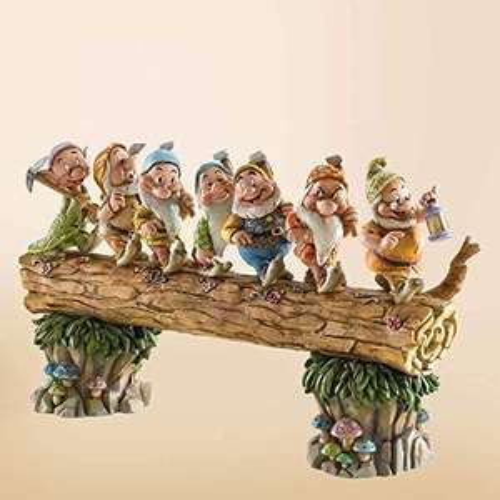 Figurine Enesco Les 7 Nains de Retour Disney Traditions 4005434 - 20 cm