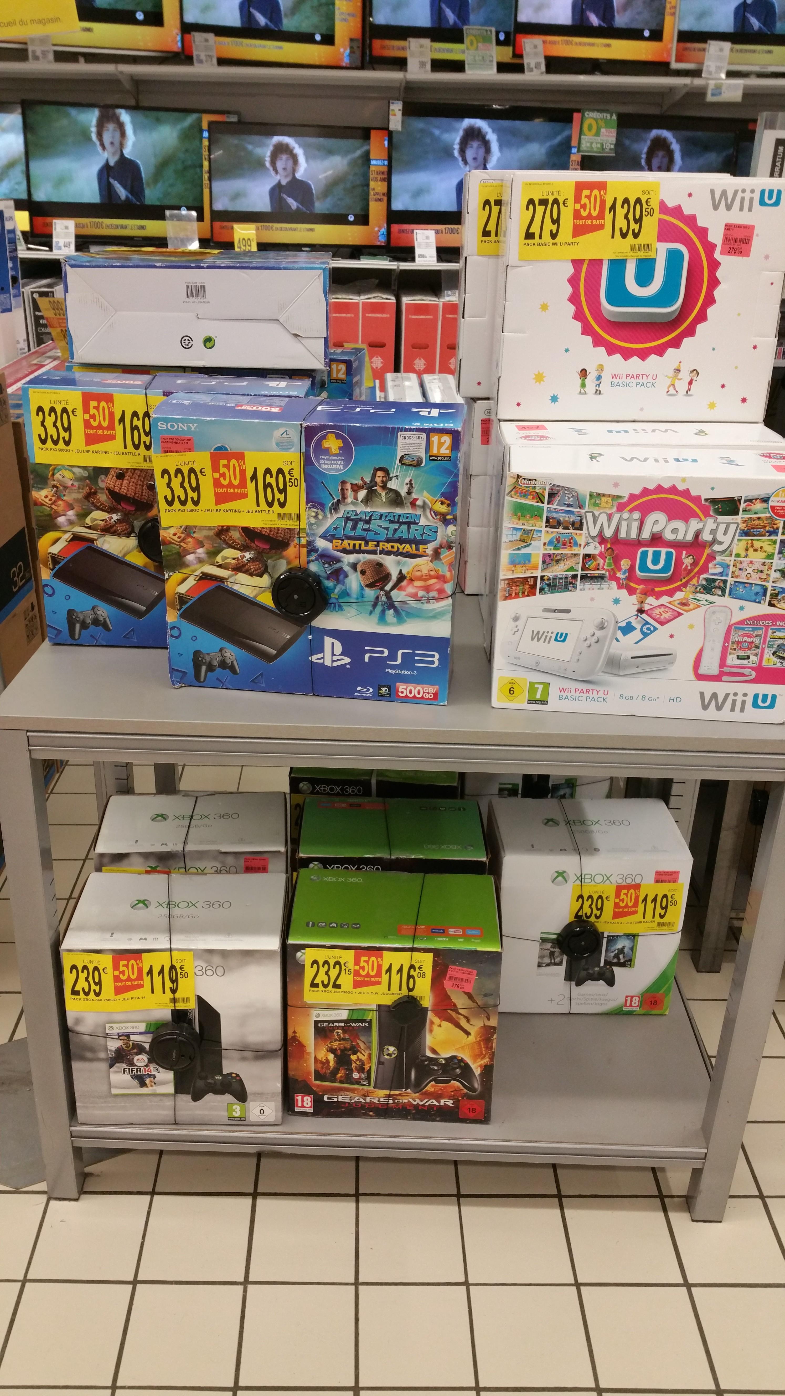 50% de réduction sur une sélection de Consoles Xbox 360, PS3 et Wii U - Ex : Console Xbox 360 250Go + Fifa 14