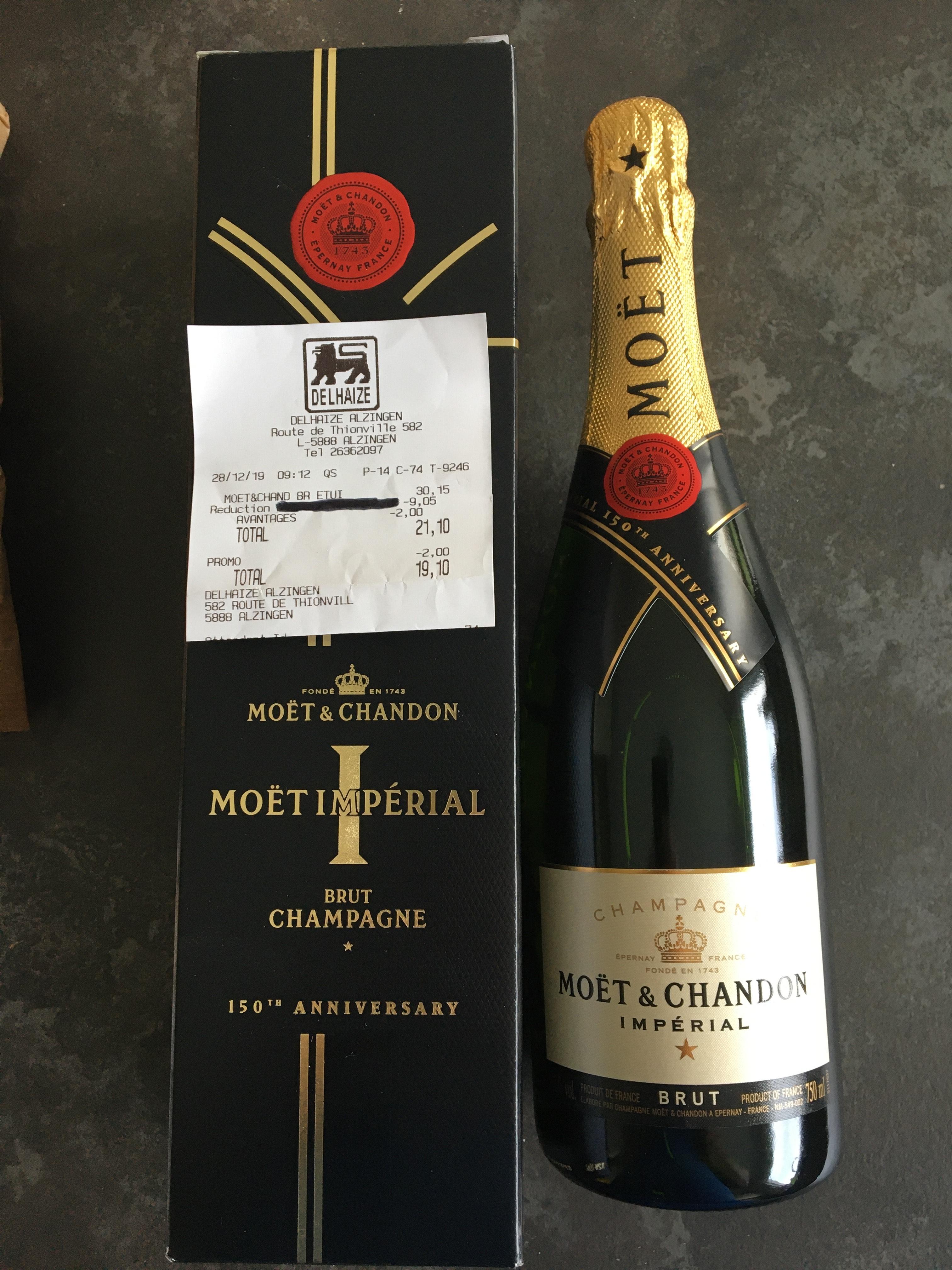 Champagne Moët & Chandon impérial brut - chez Delhaize (Frontaliers Luxembourg - Alzingen)