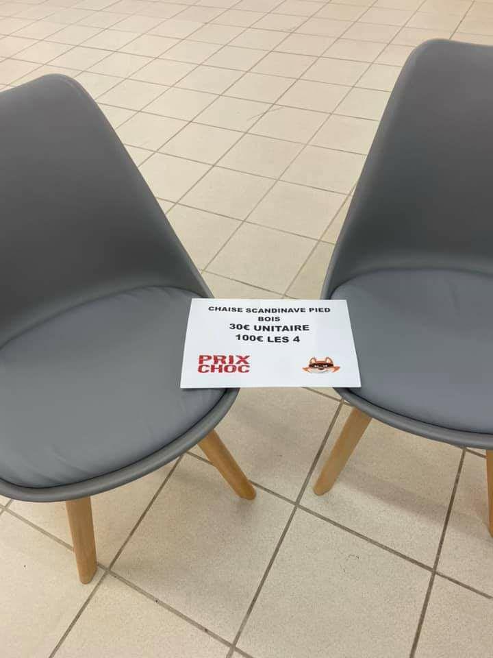 Lot de 4 chaises scandinaves avec pied bois - Le renard malin Montmorot (39)