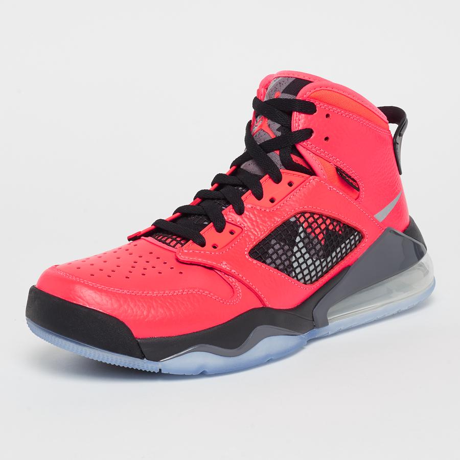 Baskets Nike Air Jordan Mars 270 PSG - Différentes tailles