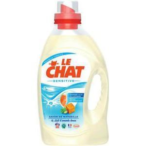 Lot de 4 bidons de lessive liquide le Chat sensitive ou expert 1.875L (via bdr)