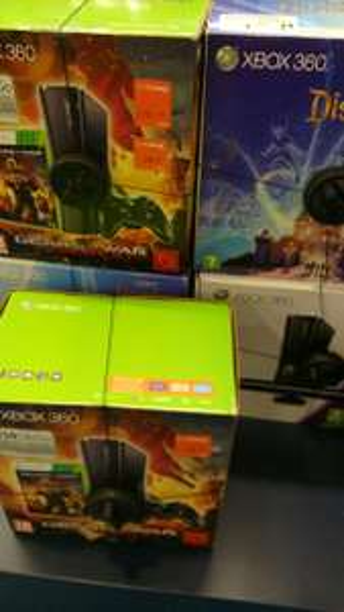 Sélection de packs Xbox 360 soldés - Ex : Console Xbox 360 250 Go Gears Of war Judgement