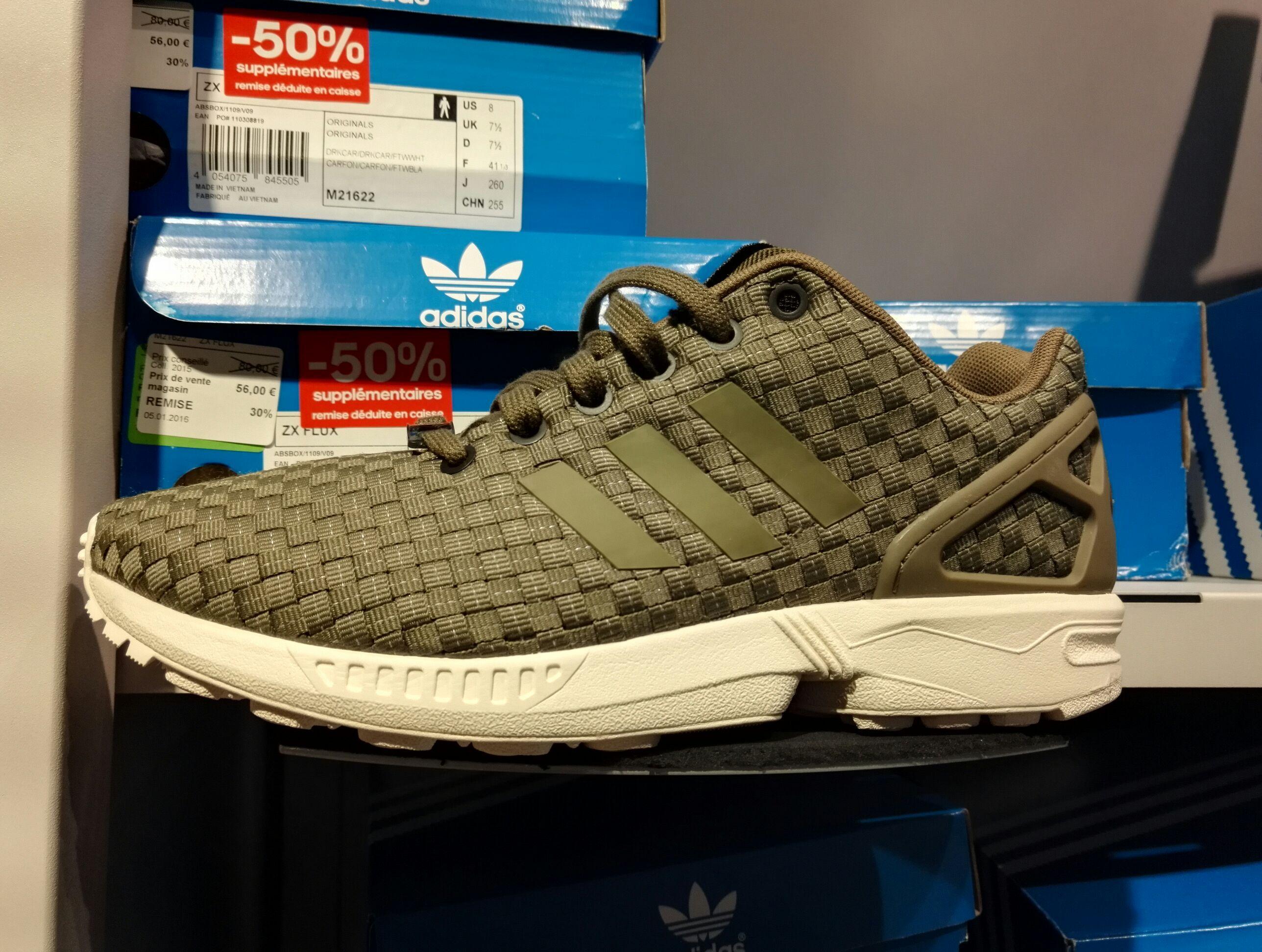50% de réduction sur une sélection de vêtements - Ex : Chaussures Adidas ZX