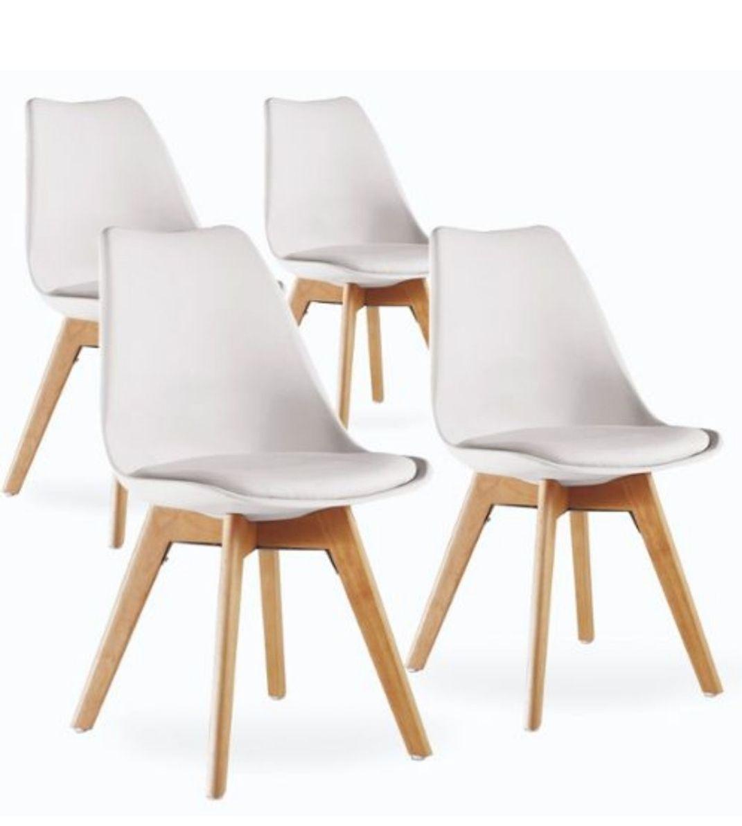 4 Chaises en bois style scandinave (+7,90€ en SuperPoints - 72.99€ avec le code RAKUETN7)