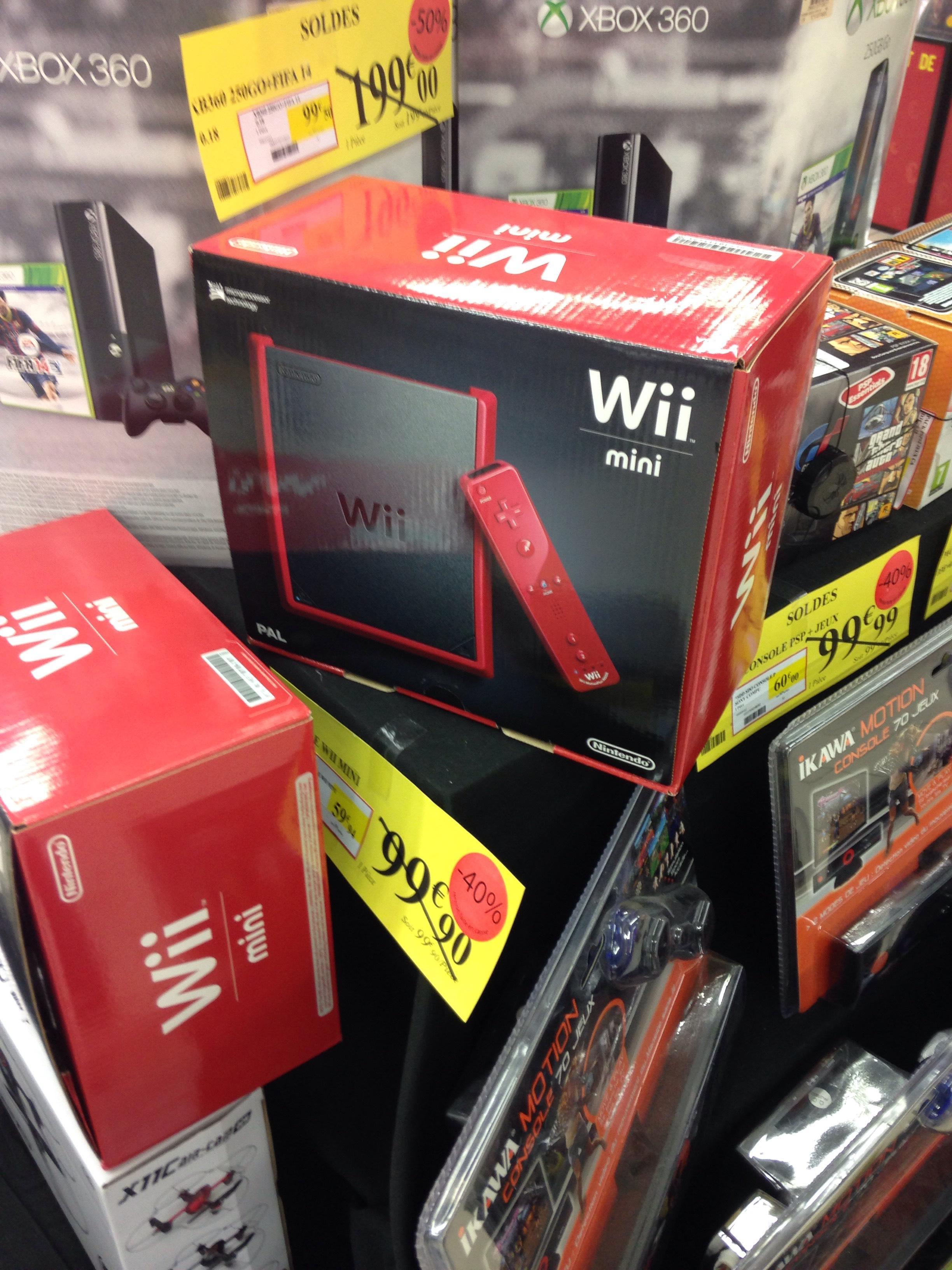 Console Sony PSP + Jeux à 60€, Wii Mini à 59.94€ ou Xbox 360 + Fifa 14 (250 Go)