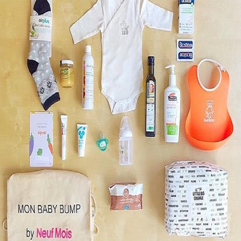 """Box """"Bébé arrive"""" avec 100€ de produits destinés aux parents et au bébé"""