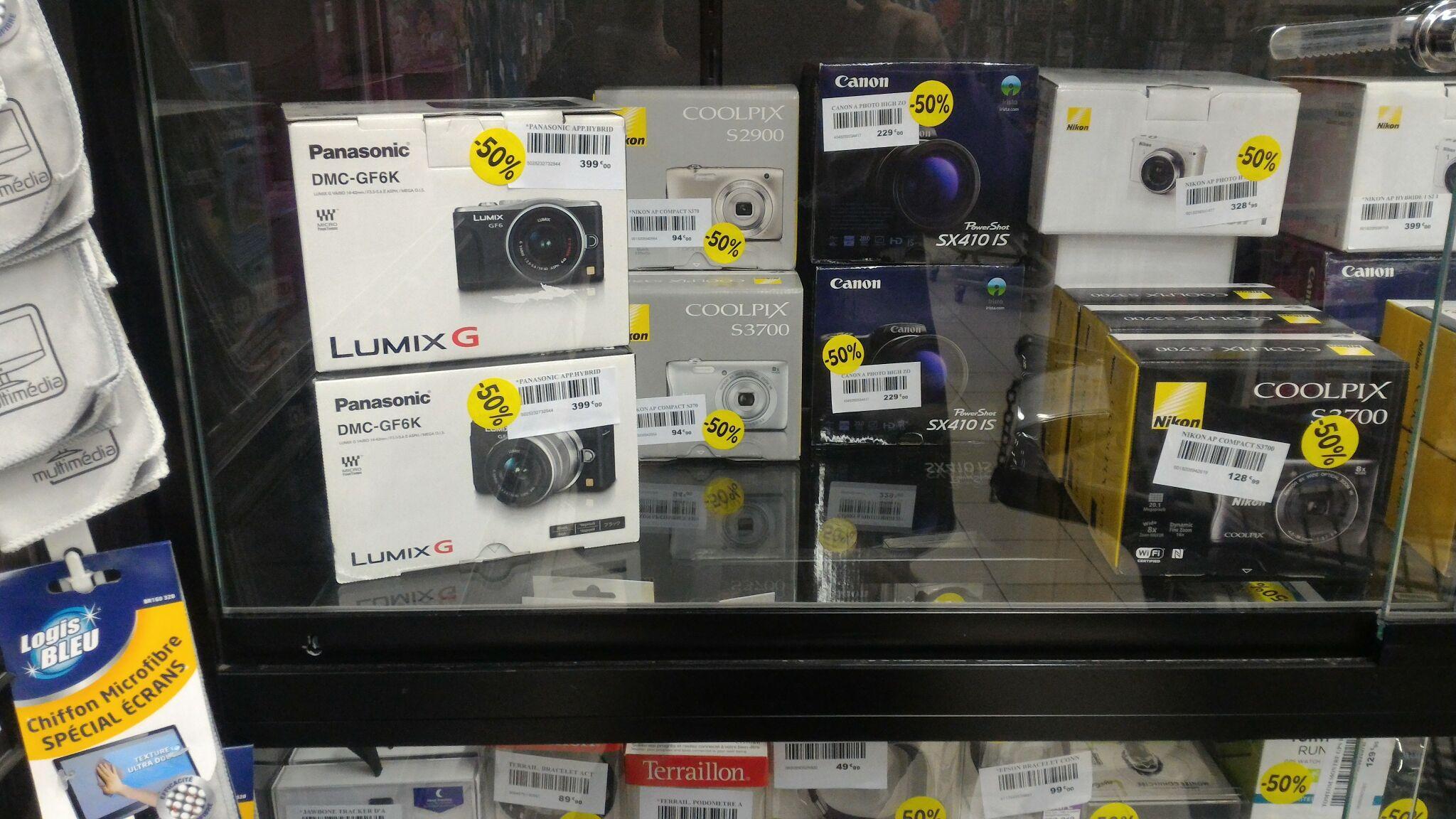 -50% sur tous les  REFLEX Canon / Nikon ex:EOS 1200D 18-55 sacoche et carte SDHC 8 Go