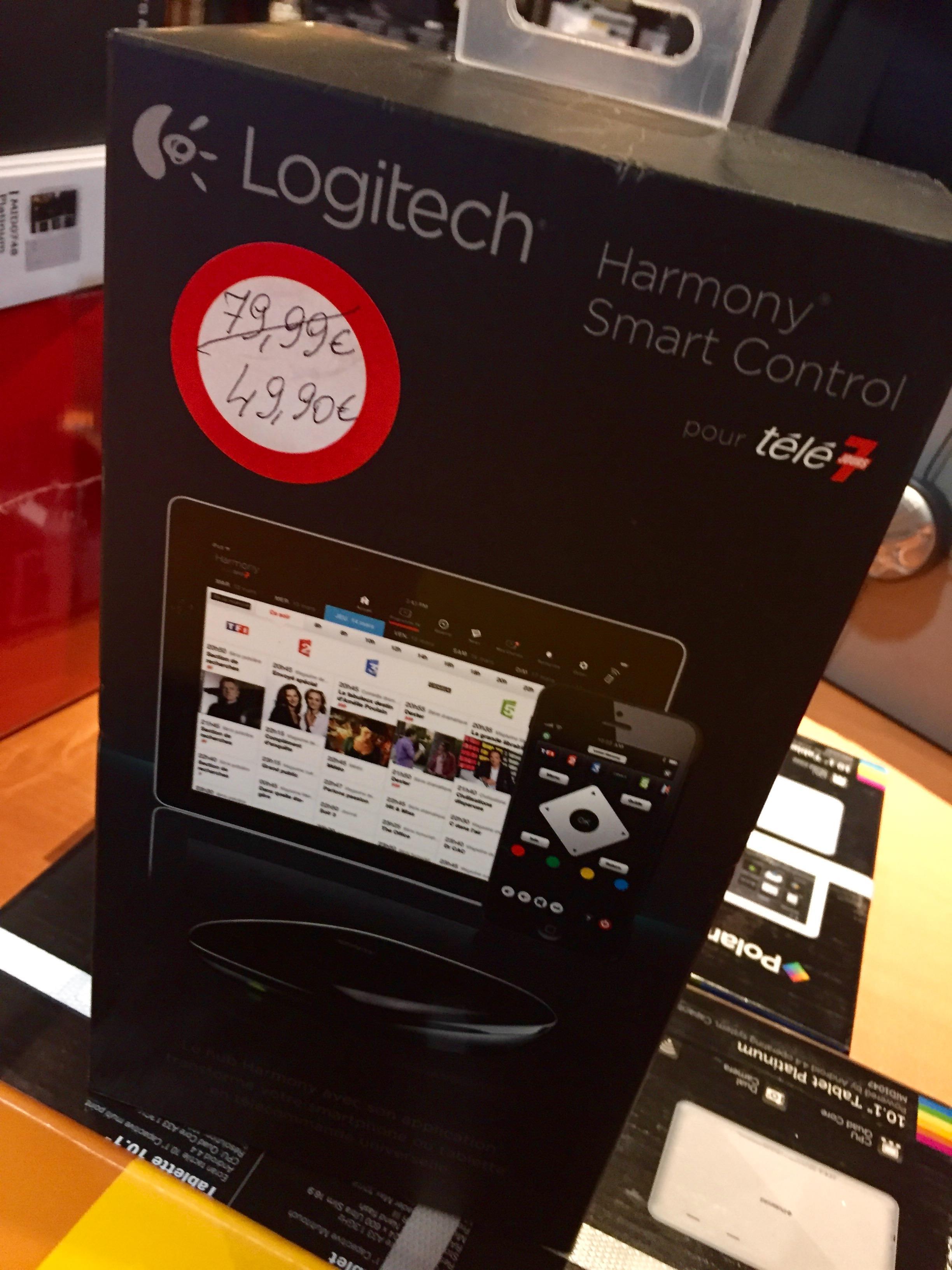 Harmony Smart Control avec télécommande et hub