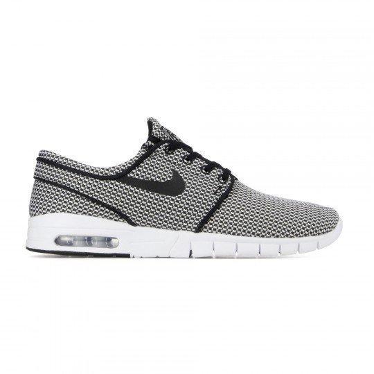 Chaussures Nike stefan janoski max noir / blanc (Taille 44 à 46)