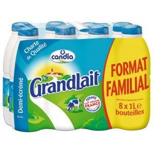 Un pack de Lait Grandlait UHT Demi Ecrémé Candia - 8 x 1L